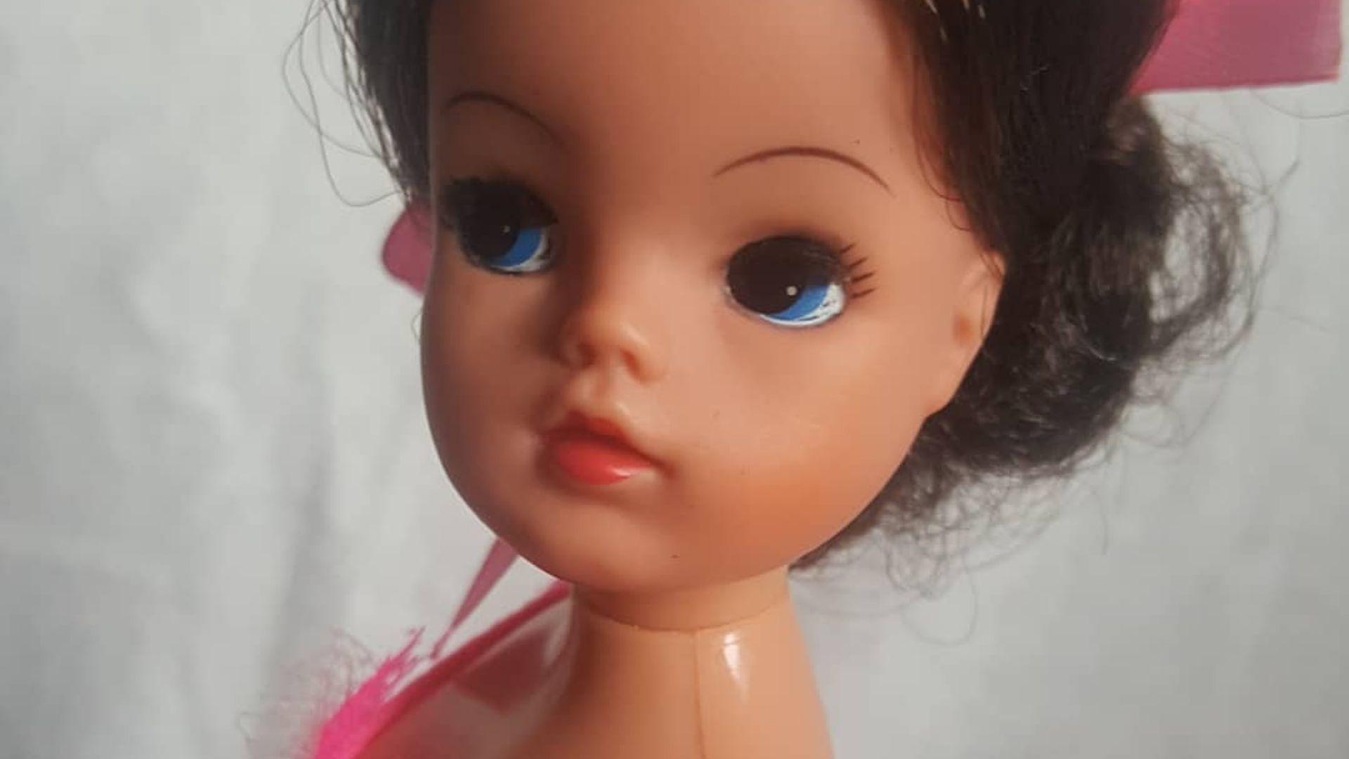 Klänning 6 till Barbie, Sindy eller liknande do.. (391570775