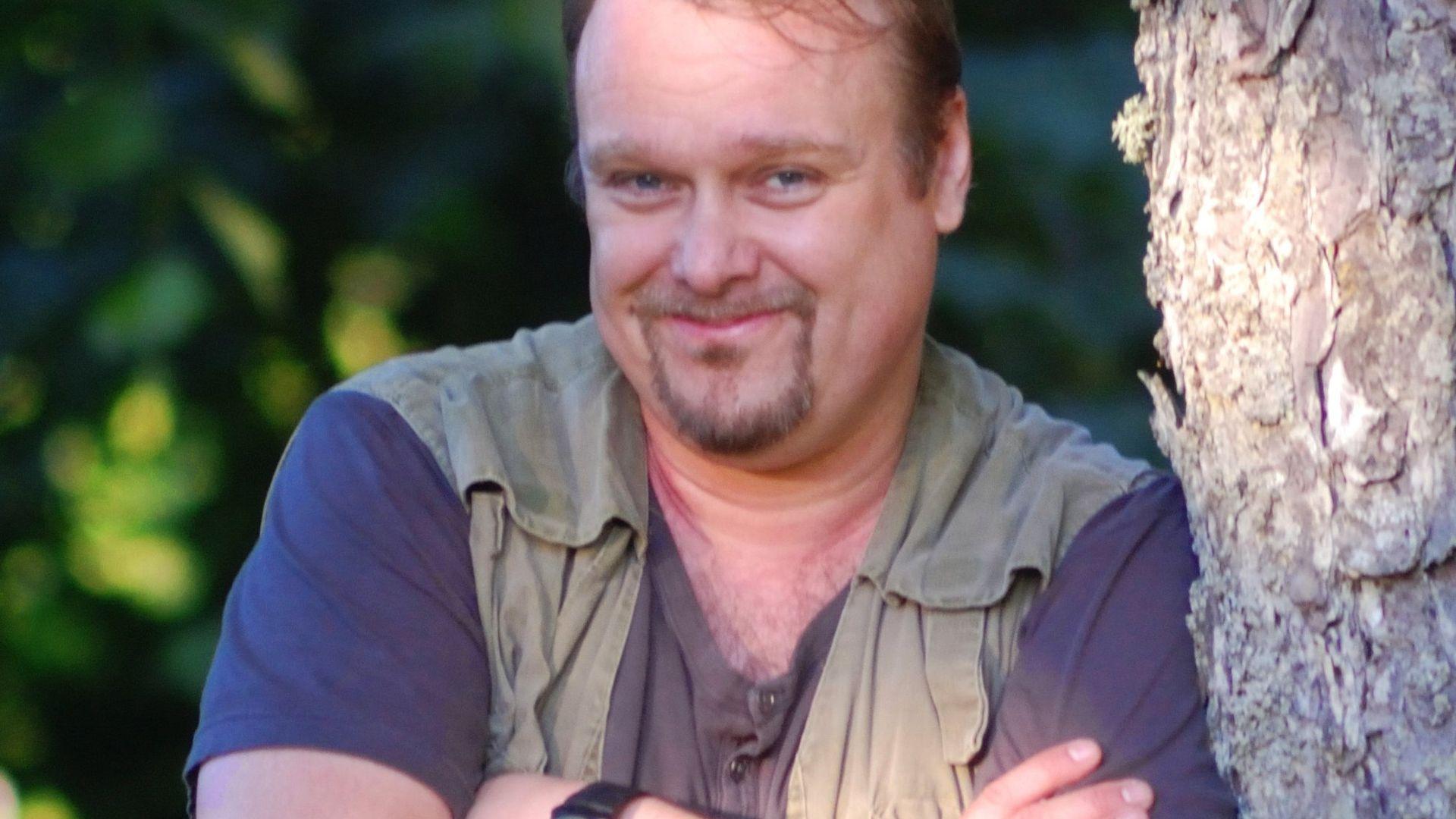 Profile hero image