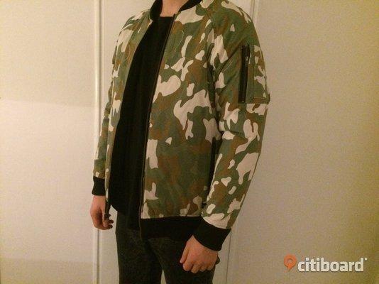 NY Vändbar,fodrad bomberjacka jacka,jacket från Somewear svart eller camouflage