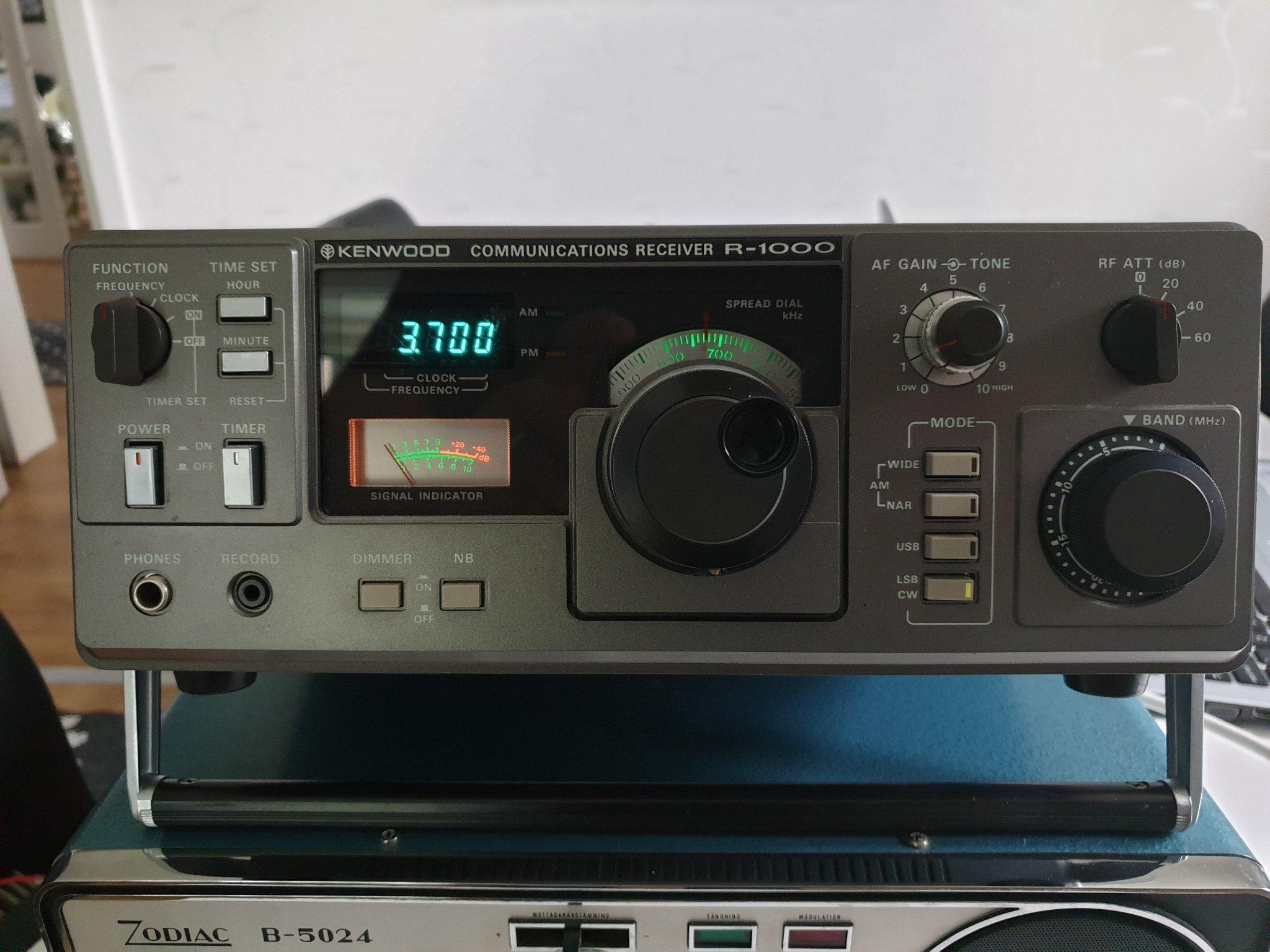 Kortvågsmottagare Kenwood R-1000 (360773828) ᐈ Köp på Tradera