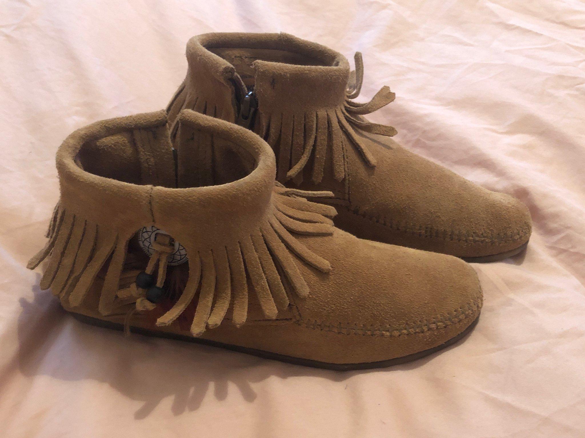 skor med fransar online