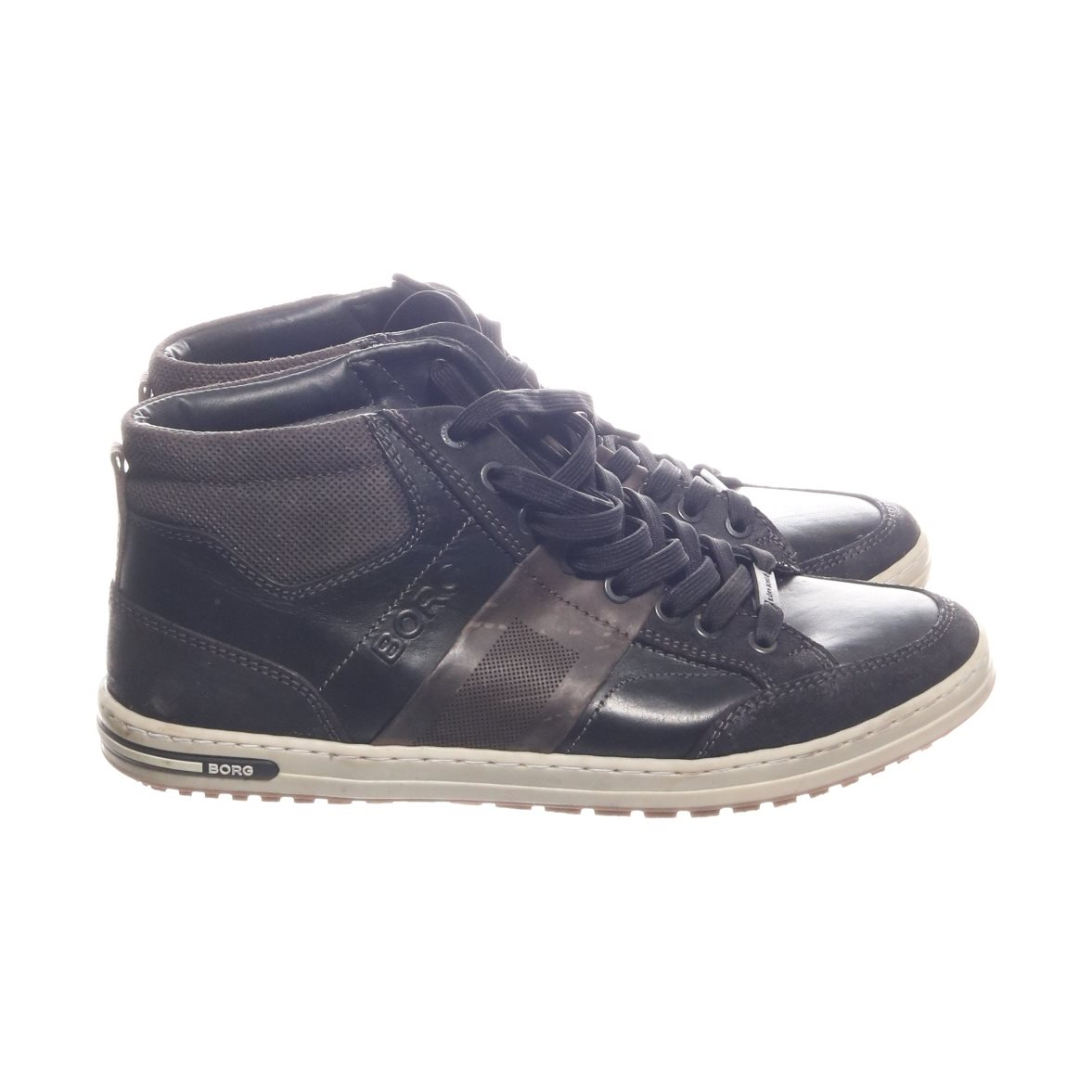 svarta skinn sneakers