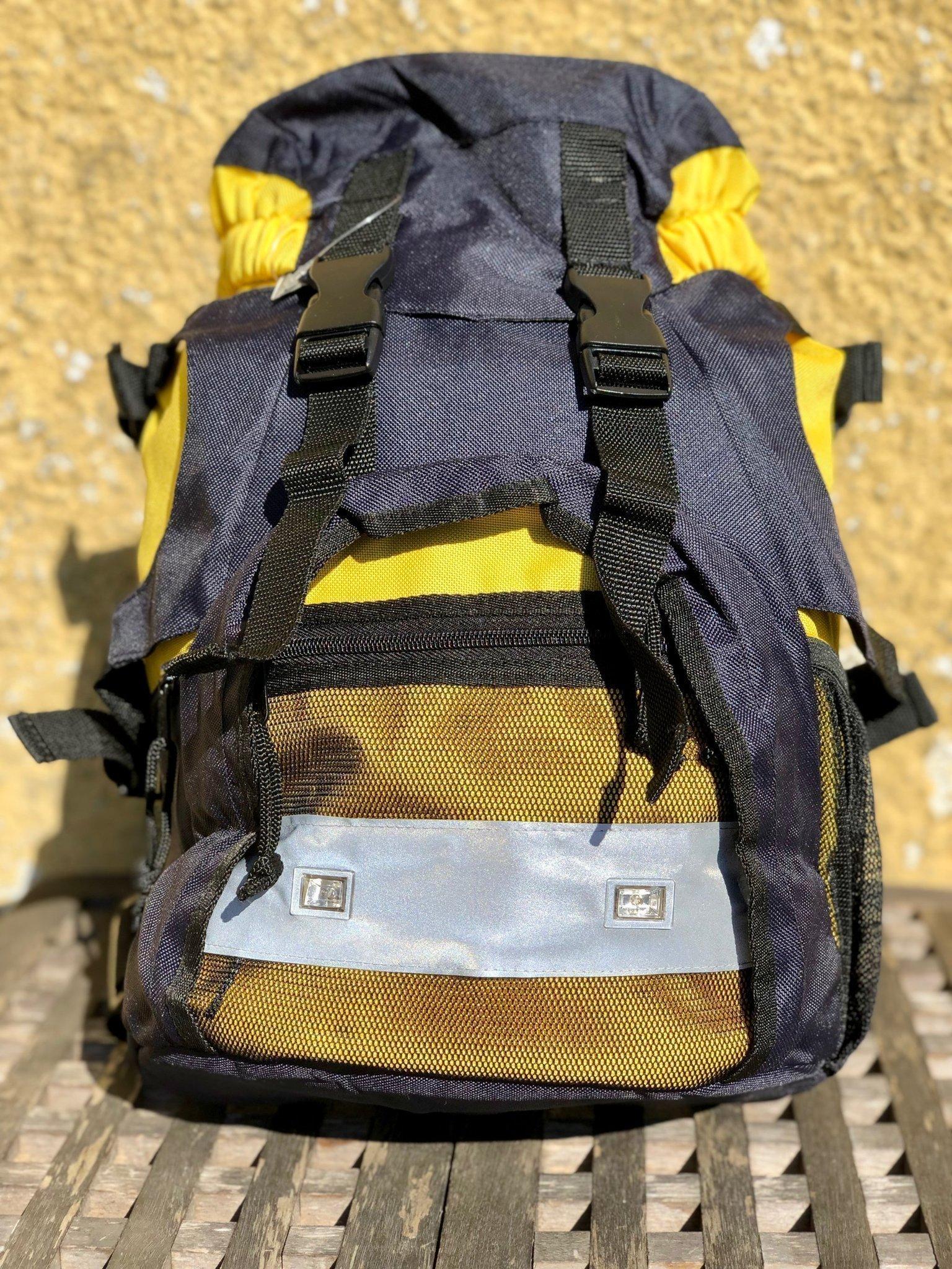 Ny 25 L ryggsäck med reflex och blinkade ljus för att synas i mörkret, helt ny!