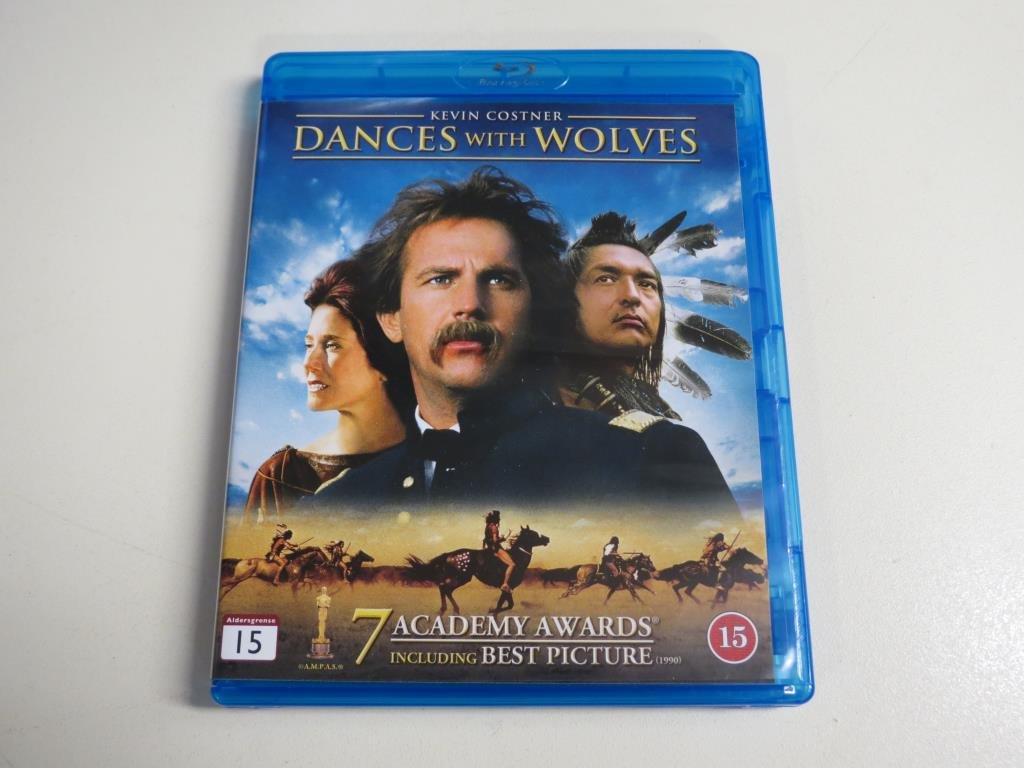 DANCES WITH WOLVES (Blu-ray) Kevin Costner