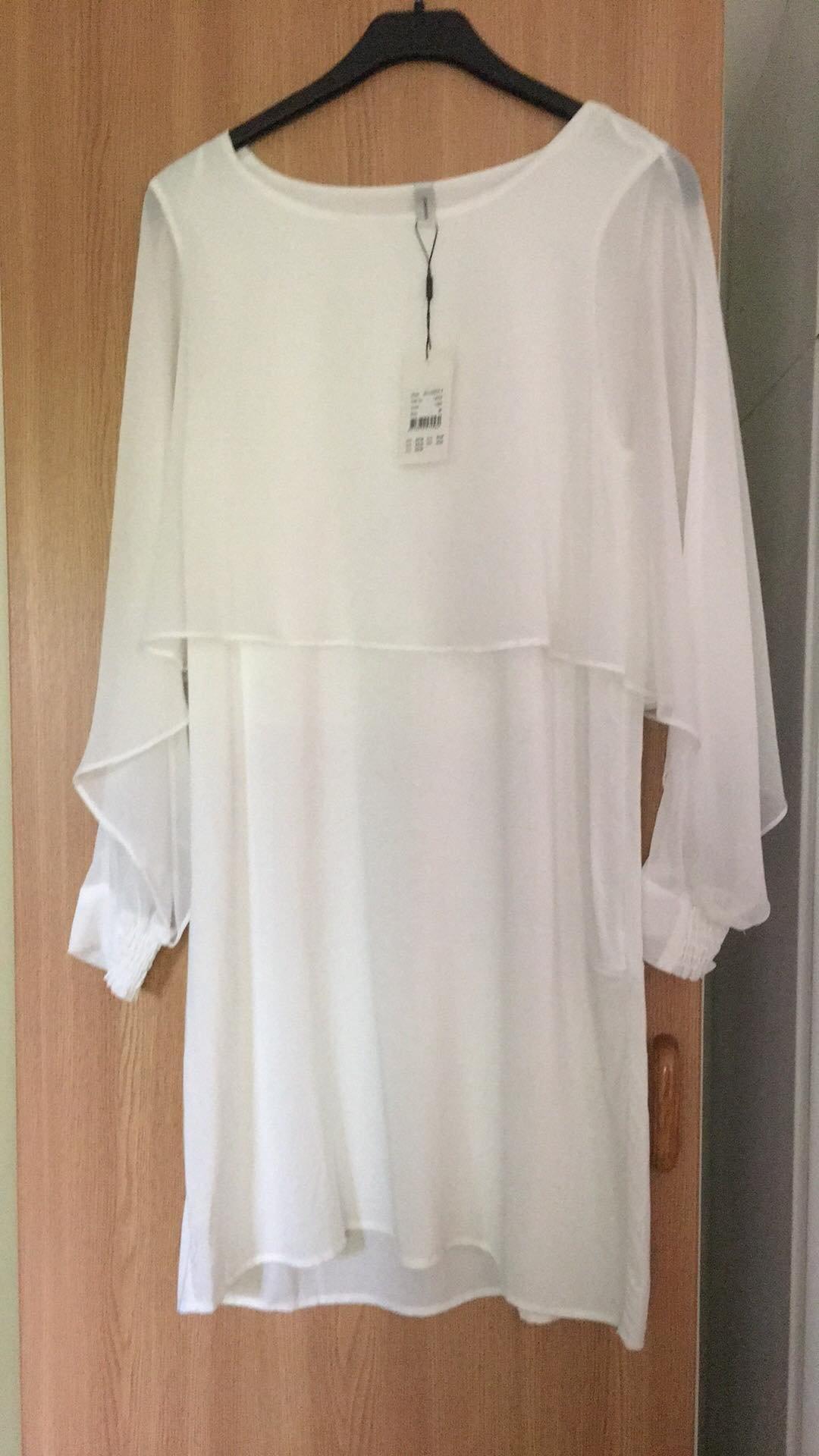 Ny härlig tunikaklänning med tags kvar från Ca.. (361028442