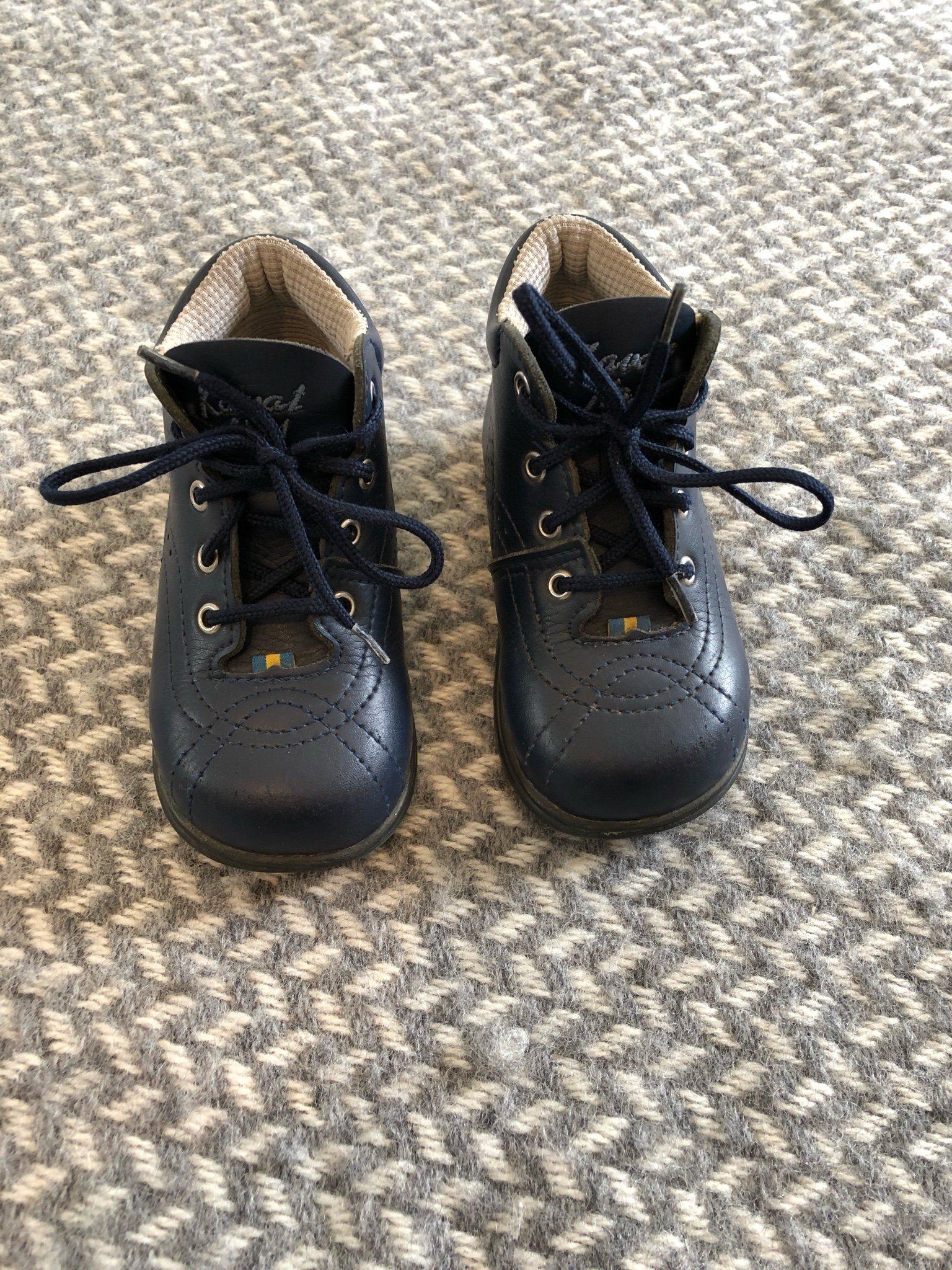 Kavat skor, stl. 22. (345488111) ᐈ Köp på Tradera