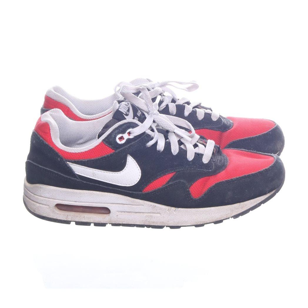 buy online c3604 f3630 Nike Air Max, Sneakers, Strl  39, Air, Svart Vit