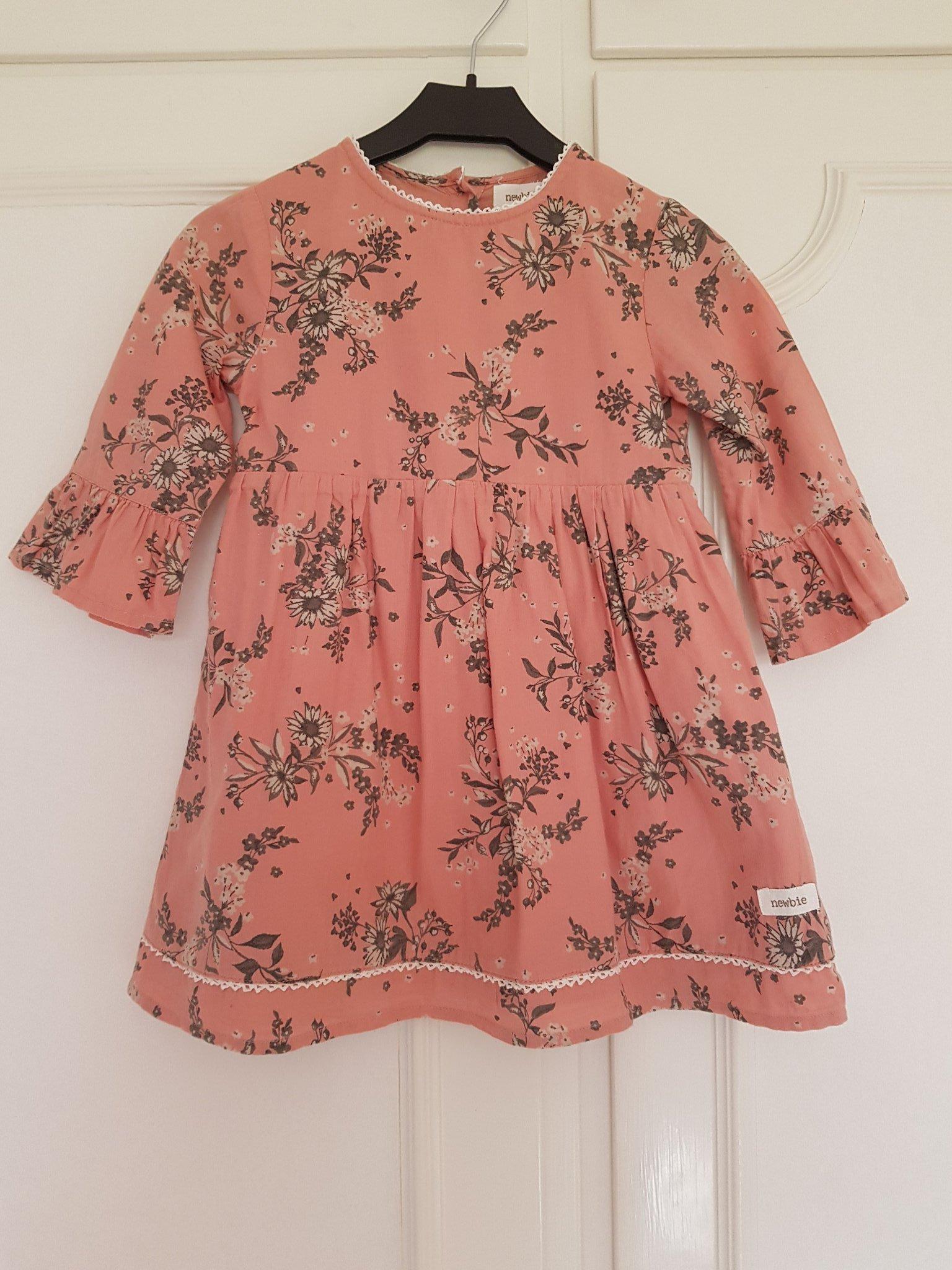 176c99903bbd Newbie klänning stl 92 (351572074) ᐈ Köp på Tradera