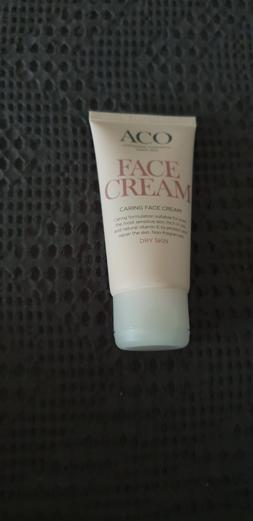 aco face caring face cream