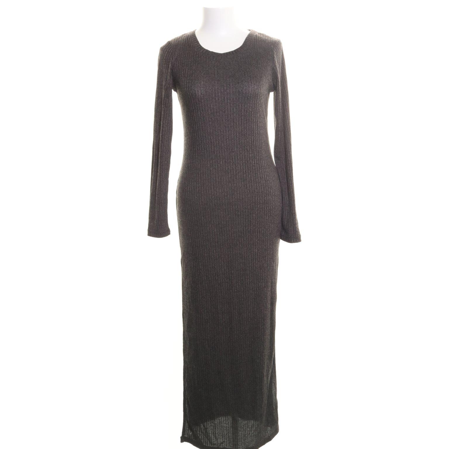 svart långklänning cubus