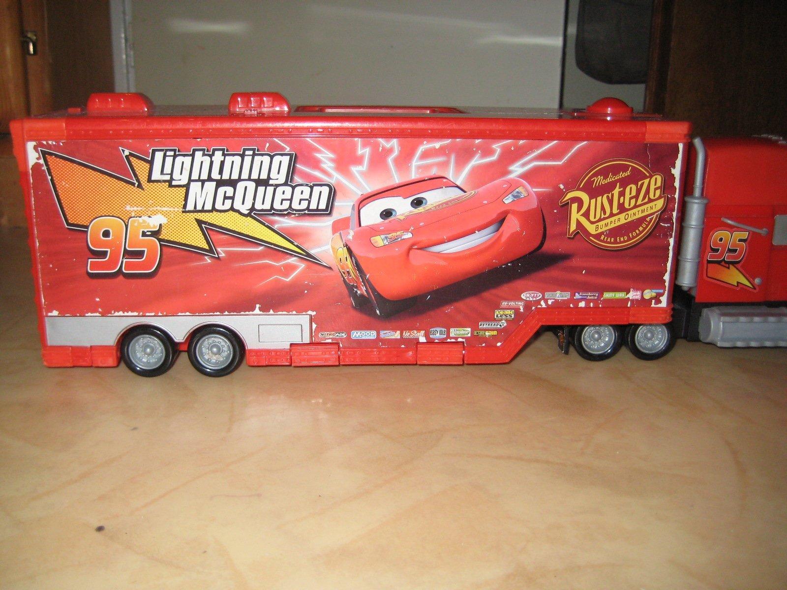 Kendte Blixten McQueen Cars 3 tävlingstrailer (lastbil.. (357793790) ᐈ LI-72