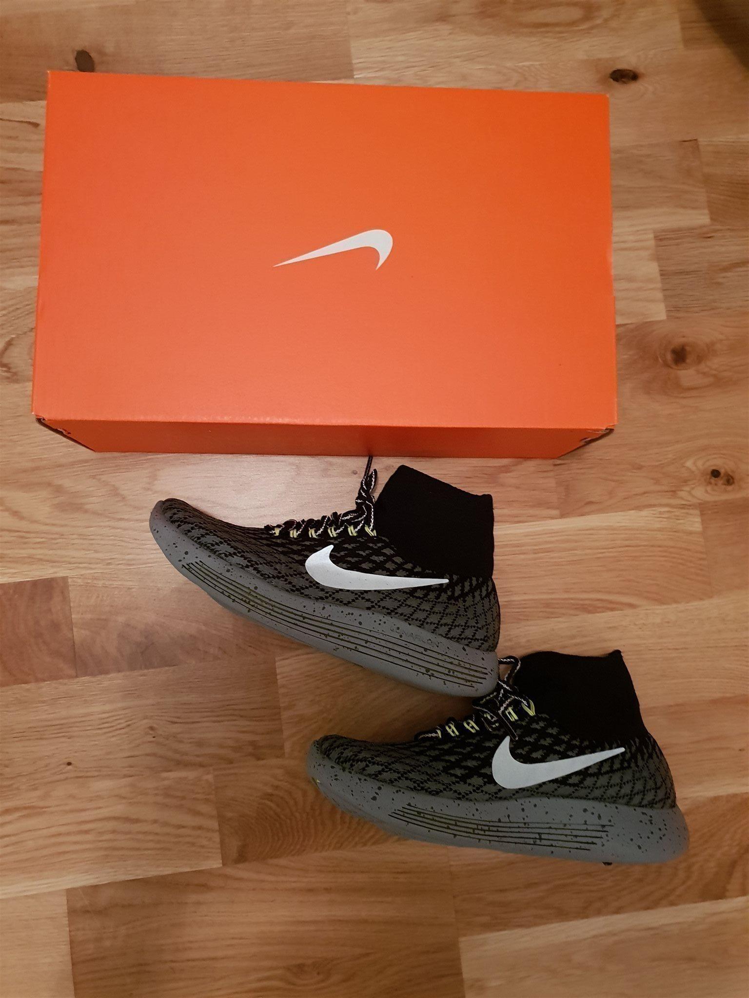 sports shoes e70e8 45e54 Nike Lunarepic Flyknit Shield strl 36.5 HELT NYA
