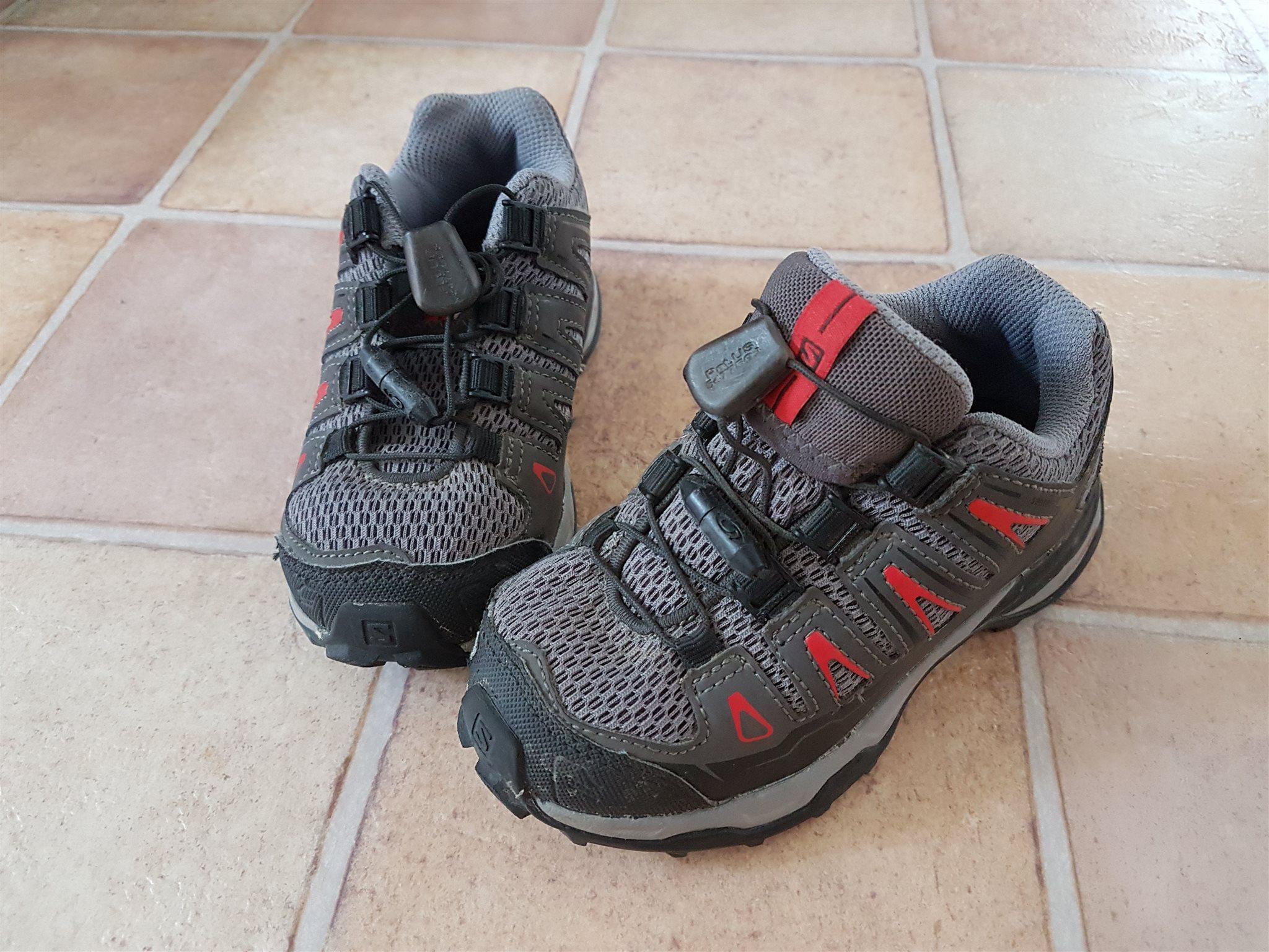low priced d6177 92030 Utskrivet 2018-10-27. adidas Herr Originals adidas STLT Skor NMD Sneakers  R1 Svarta ...