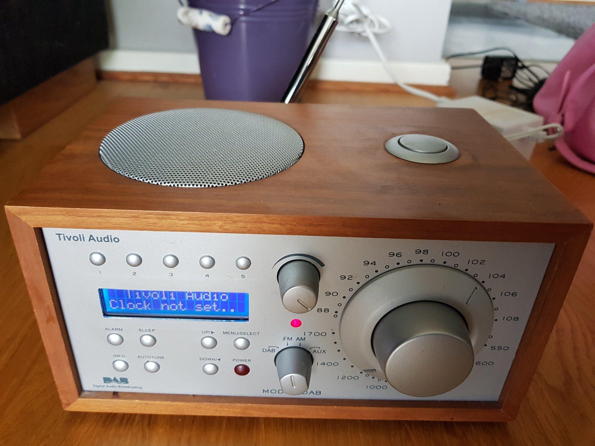 Sidste nye TIVOLI AUDIO MODEL DAB RADIO (FAST PRIS 850 KR) (348886294) ᐈ Köp JY-13