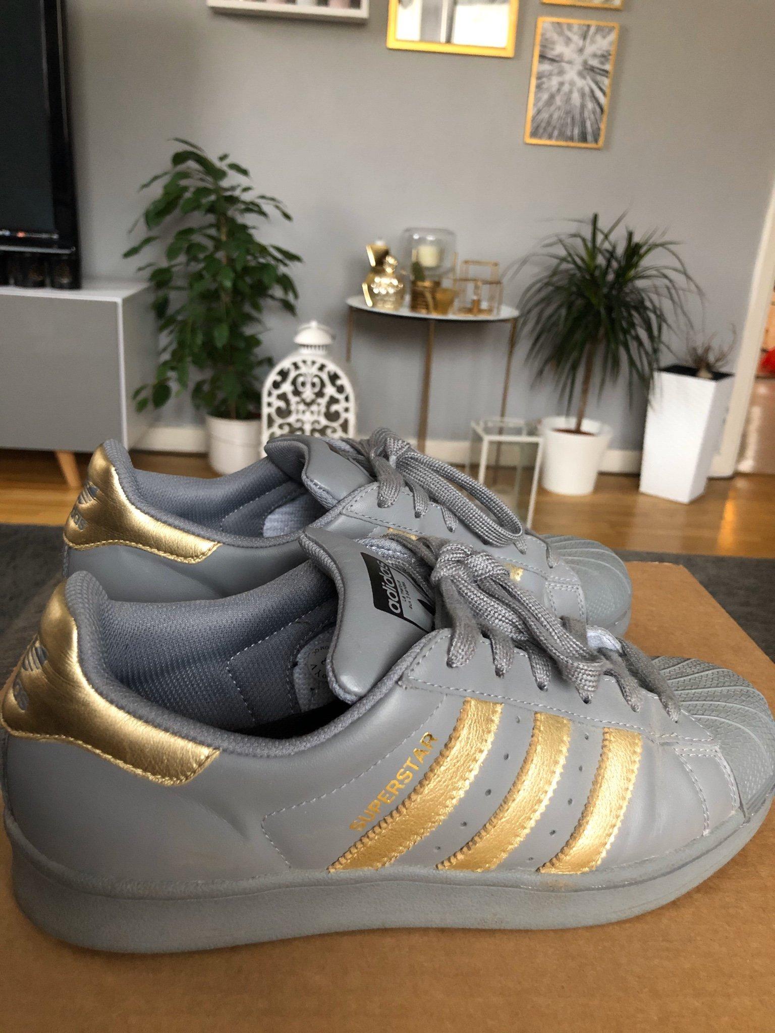 Så designar du egna Adidas skor | Honeymilk