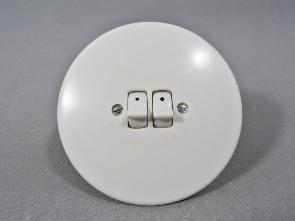 strömbrytare och vägguttag