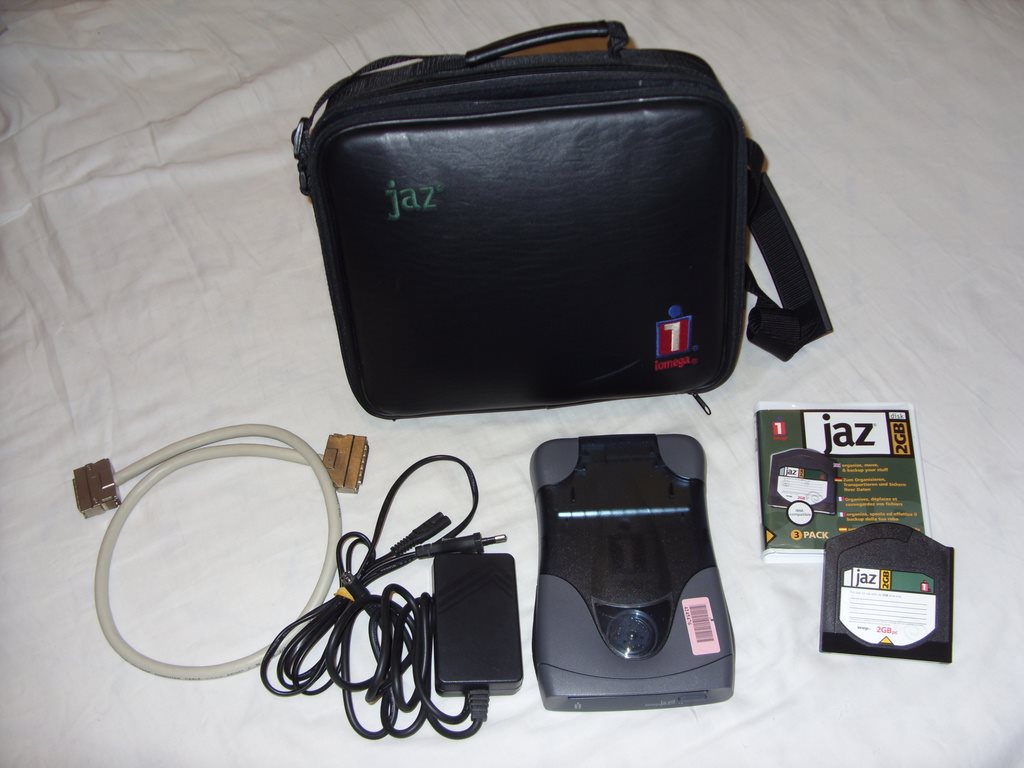 Iomega Jaz 2 GB Portable SCSI drive PC   Mac me.. (306797143) ᐈ Köp ... 4286c09b8db4e