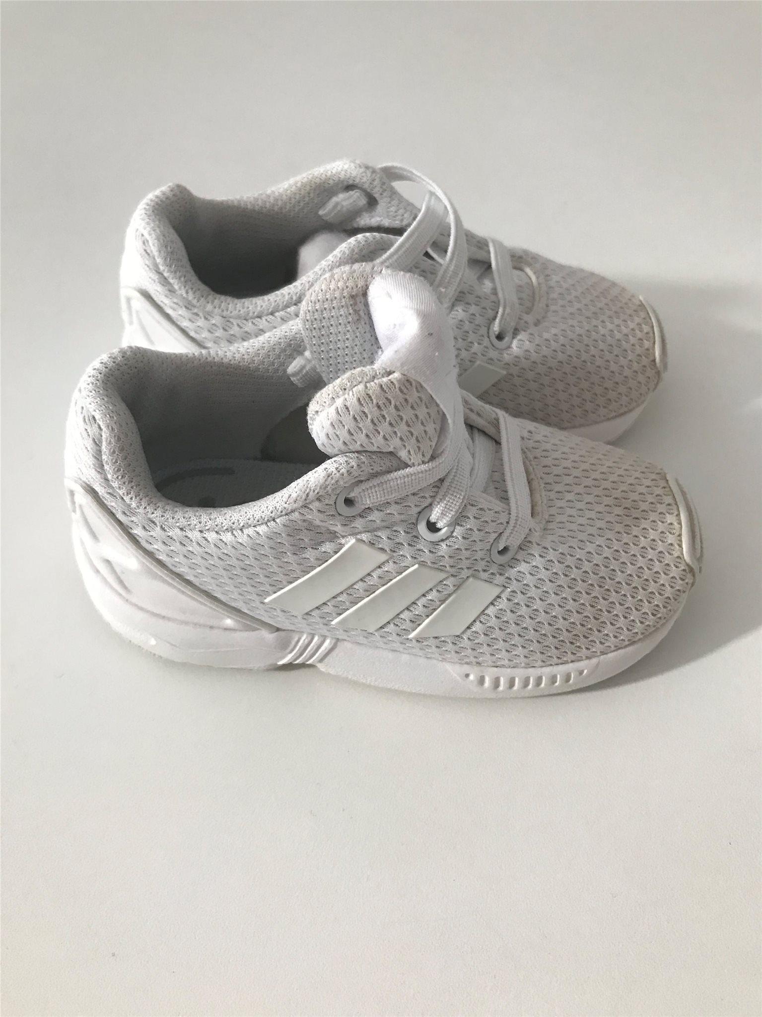 storlekar adidas skor