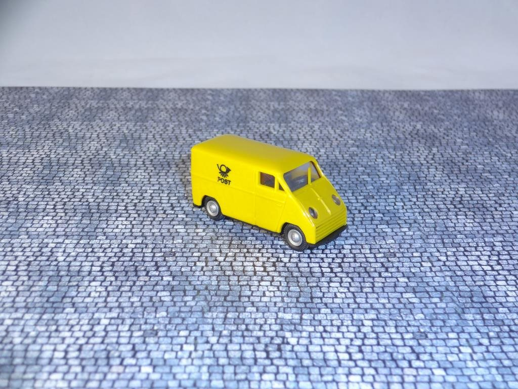 DKW F 89 L - Auto Union / Post / Praline / 1:87