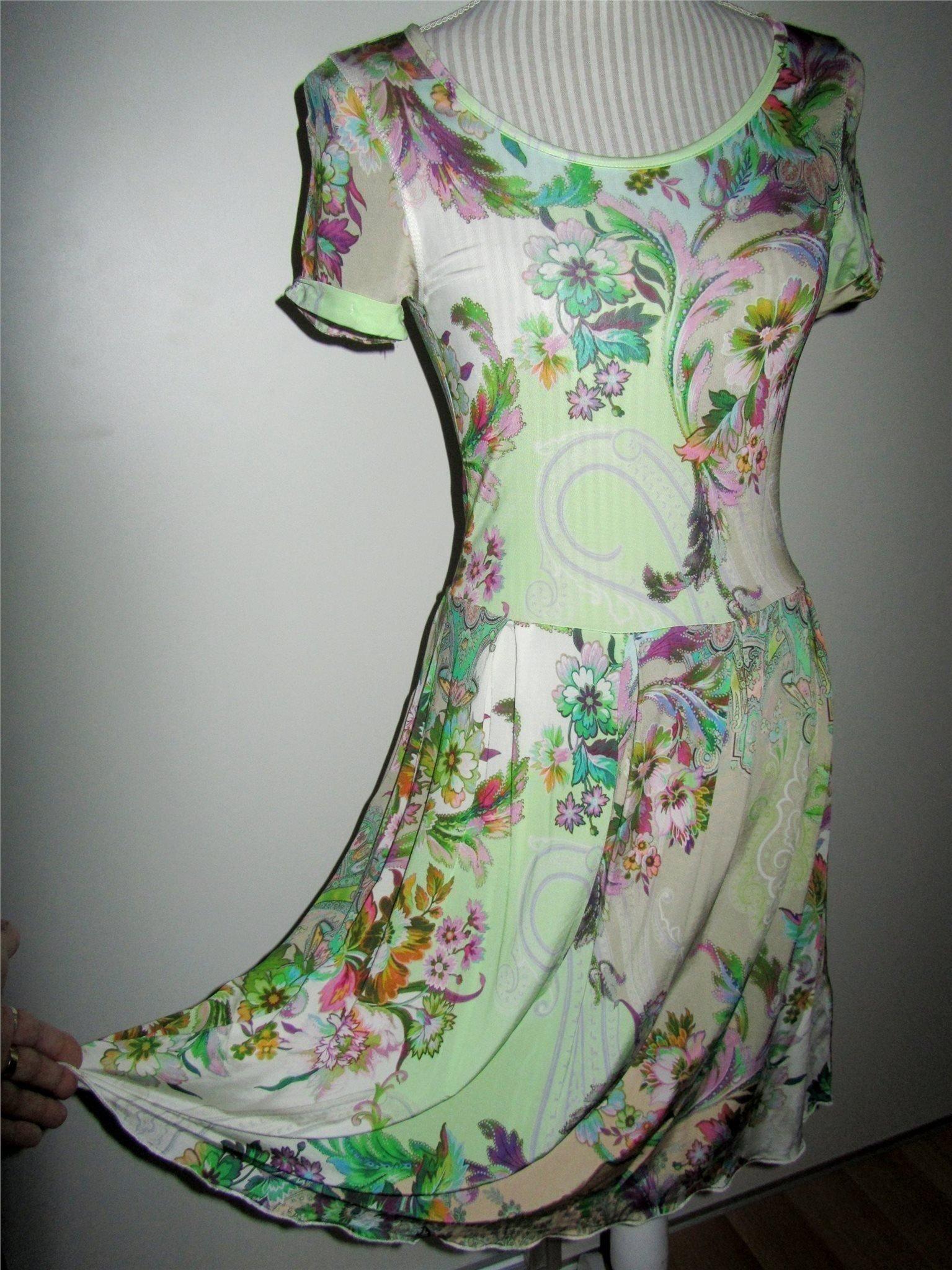 Malvin vacker klänning Nyskick stl 36 (356119431) ᐈ Köp på