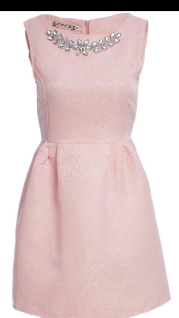 rosa kort klänning