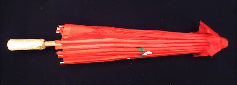 Handmålat parasoll (rött) -  PRESENT !! !! !! a2a709