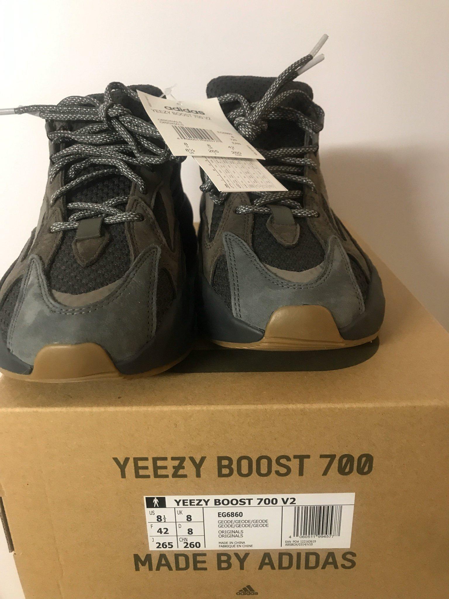 Adidas Yeezy Boost 700 M GeodeGeodeGeode