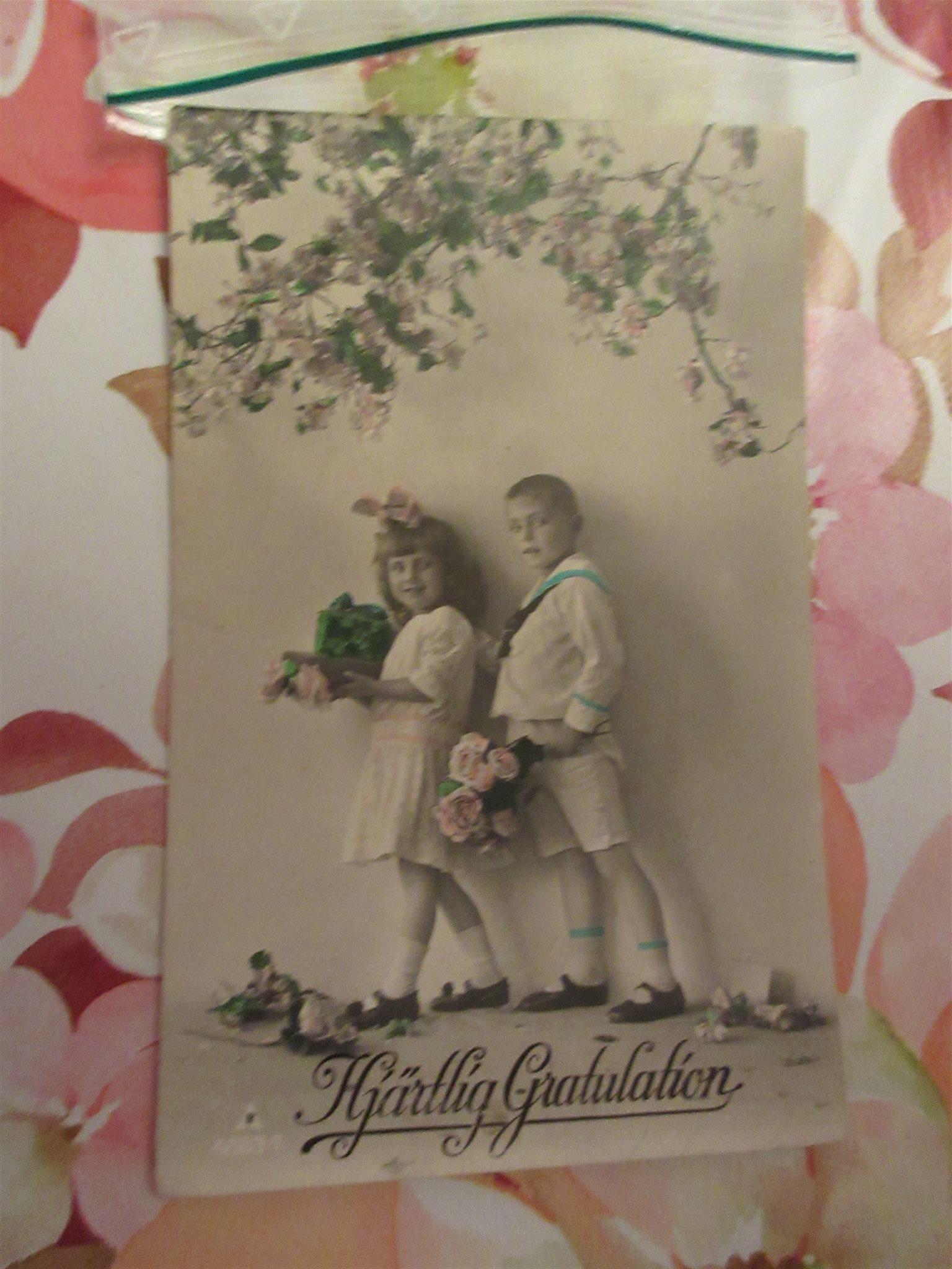 gamla gratulationskort 2 gamla gratulationskort (317155027) ᐈ Köp på Tradera gamla gratulationskort