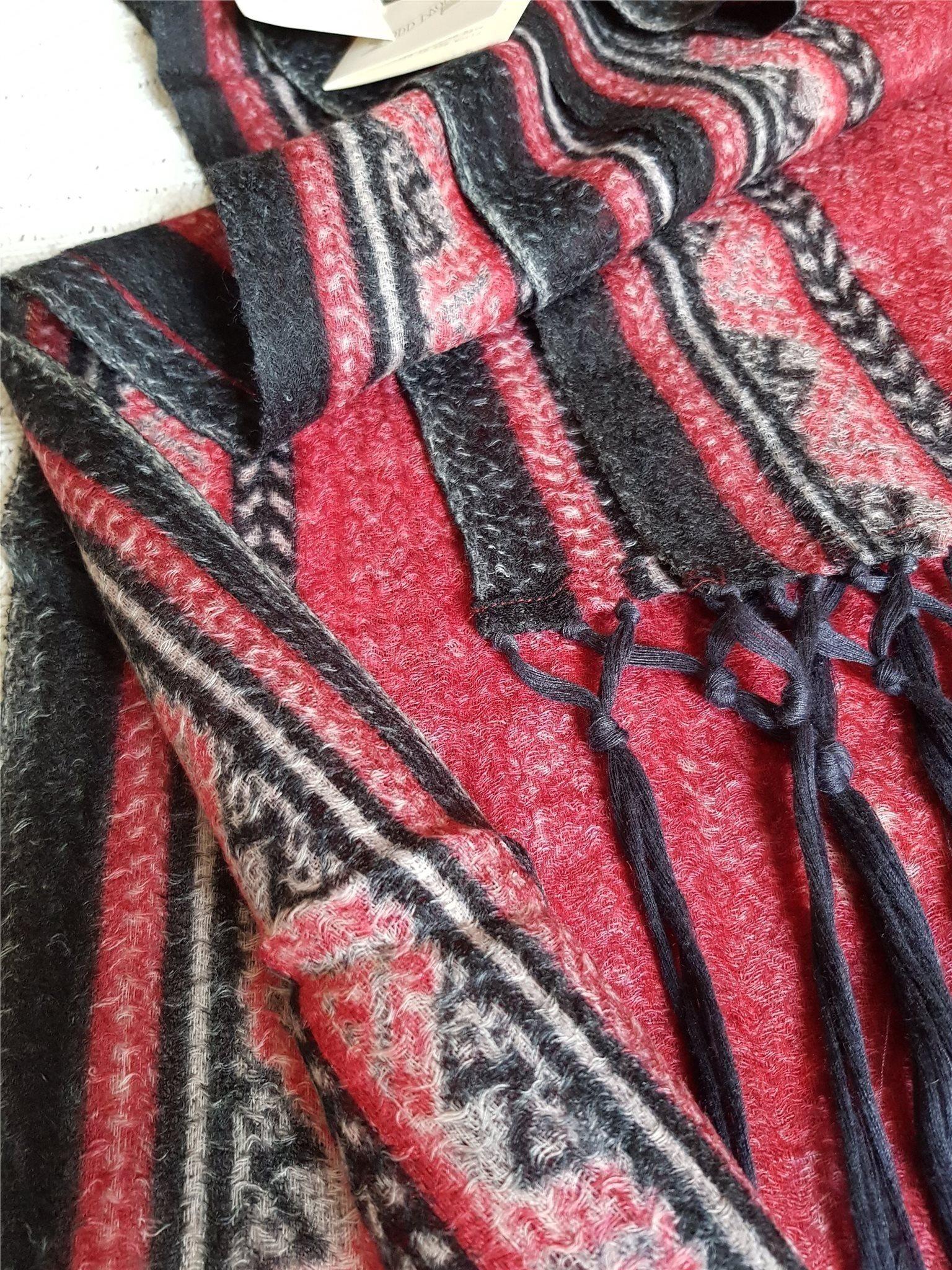 ODD MOLLY scarf halsduk. 100% ull. Tunn och mju.. (341438065) ᐈ Köp ... c334c13d3ba4f