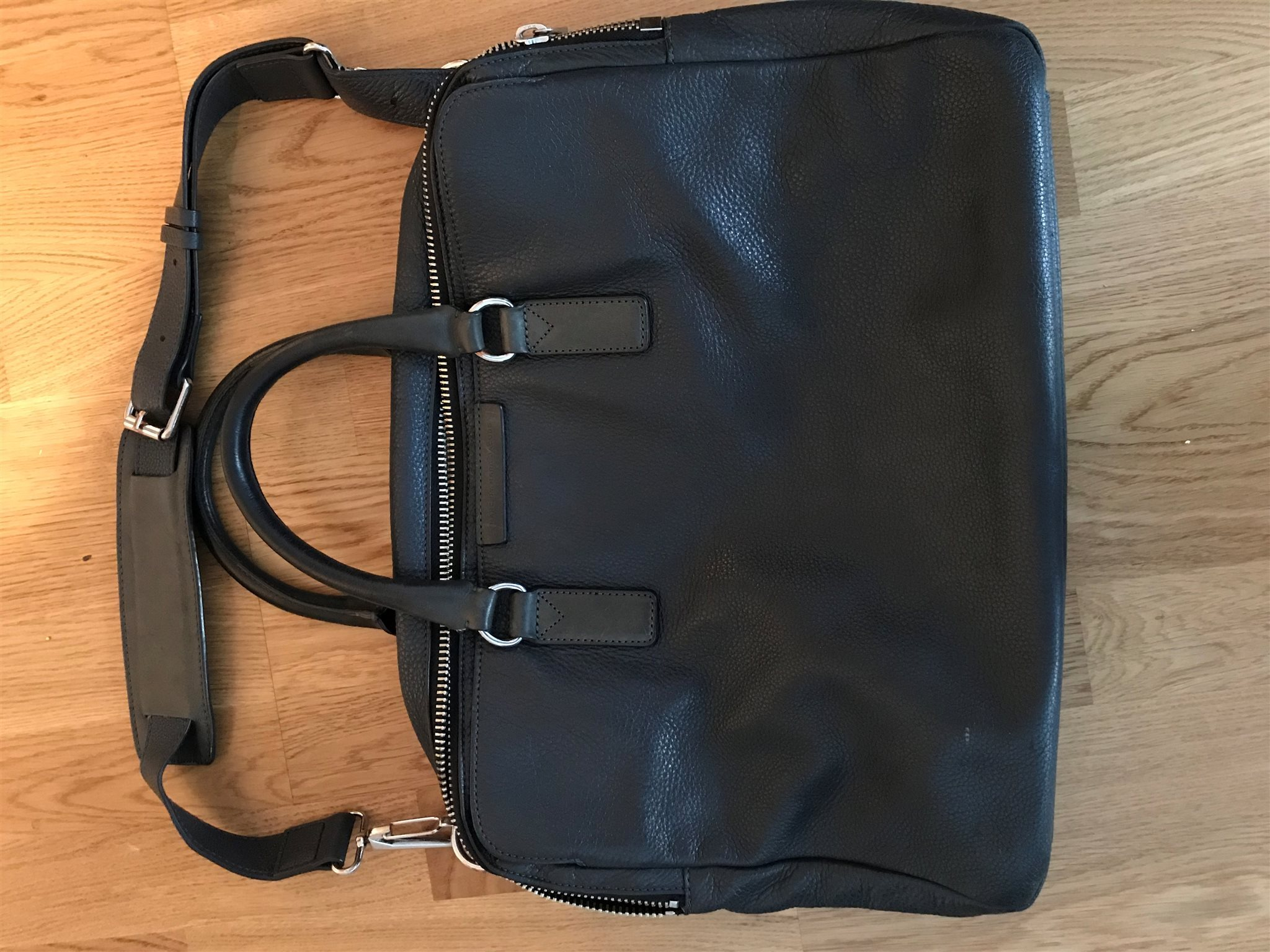 marc jacobs väska grå