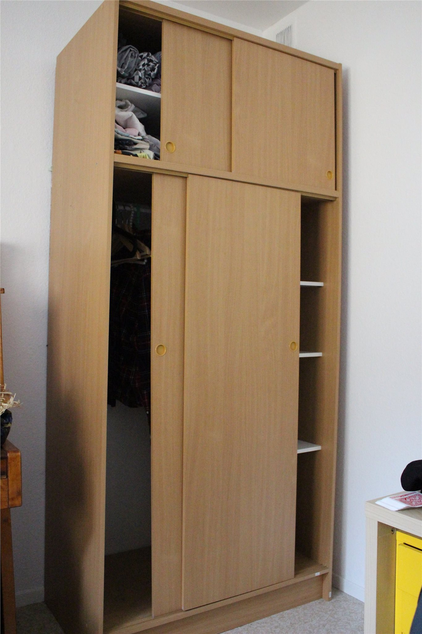 Splitter nya Garderob, Jysk, 100cm bred, 220cm hög (353024693) ᐈ Köp på Tradera RX-18