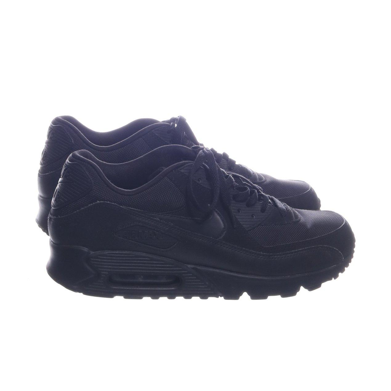 buy online 11009 95ce3 Nike, Sneakers, Strl  45, Air Max 90 Essential, Svart, Skinn