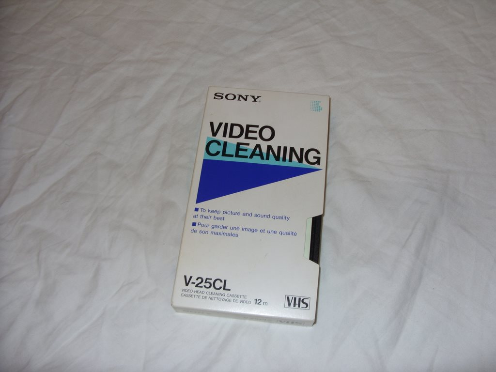 Sony Video VHS Video Head Cleaning Cassette Tape V-25CL