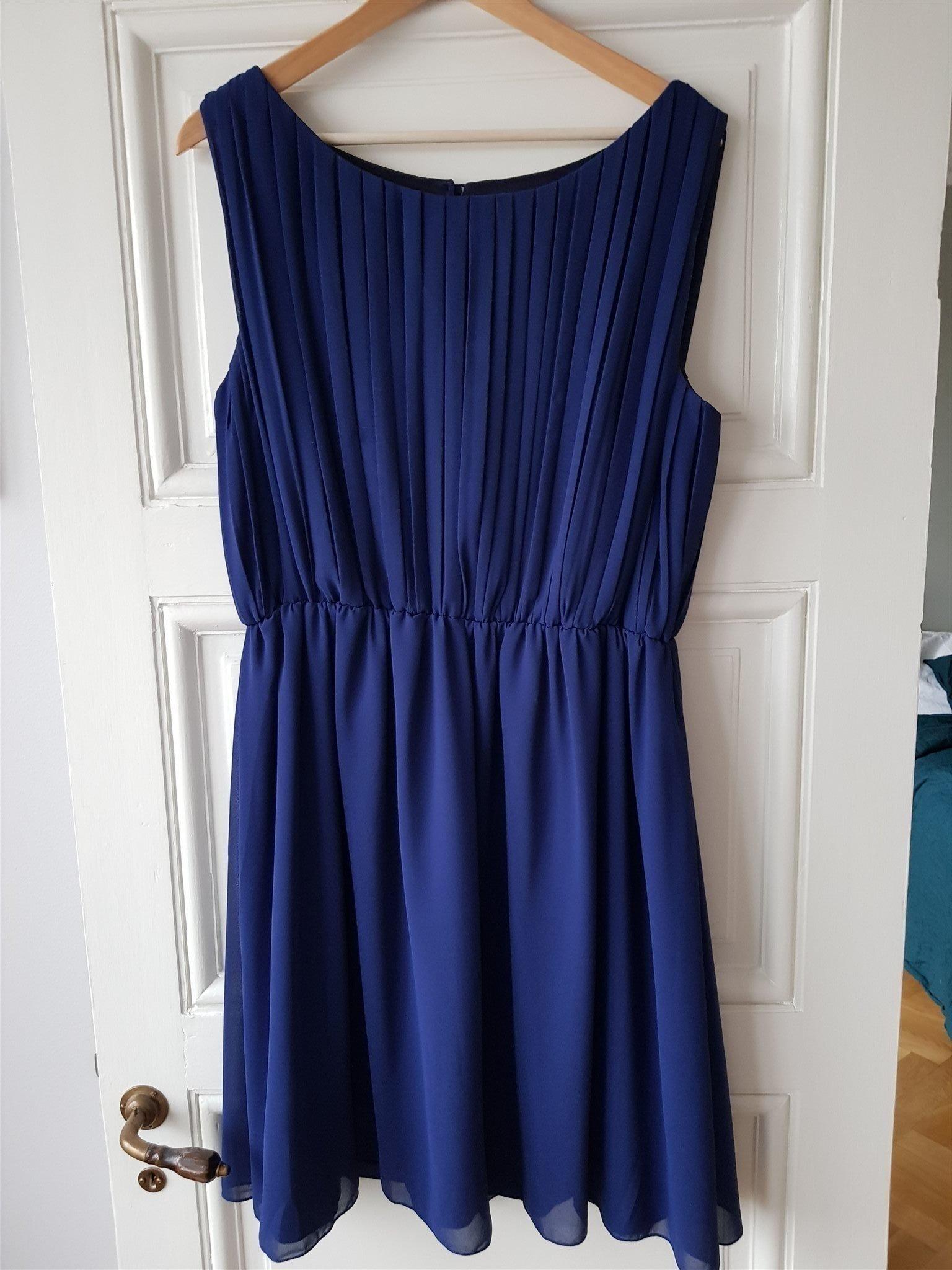78b2655b9833 Blå Zetterberg Couture klänning (347144366) ᐈ Köp på Tradera