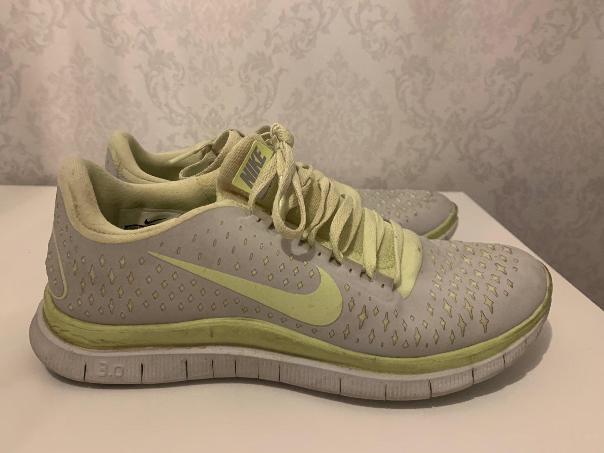 Nike skor storlek 38