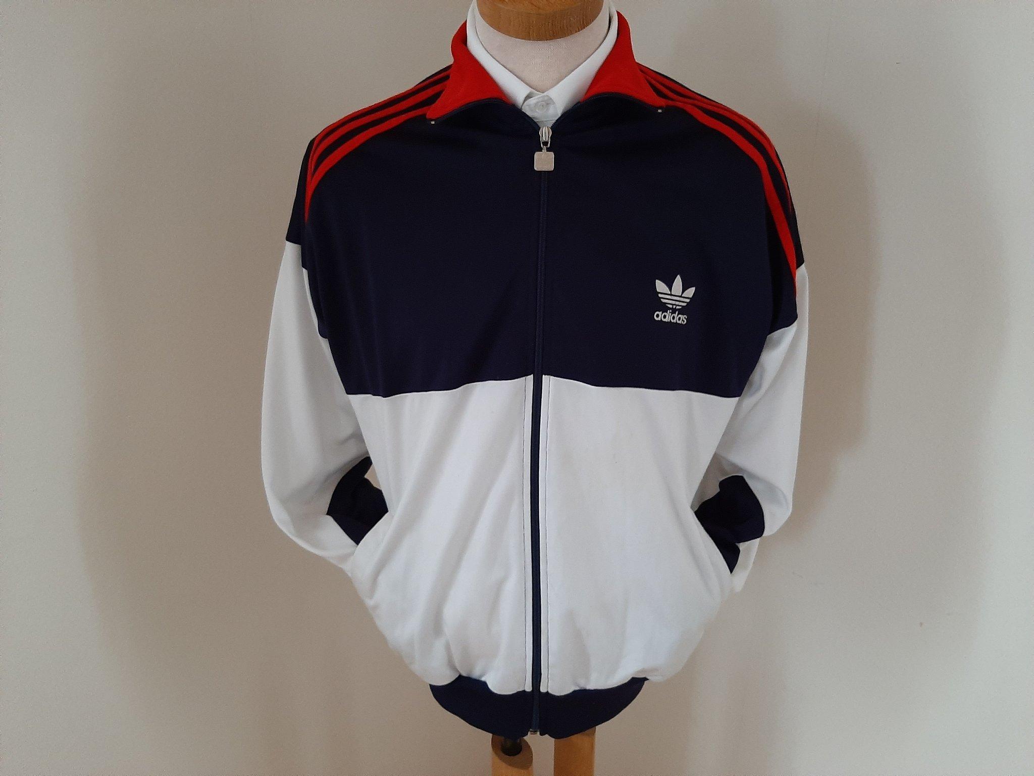 adidas overallsjacka röd med vita ränder