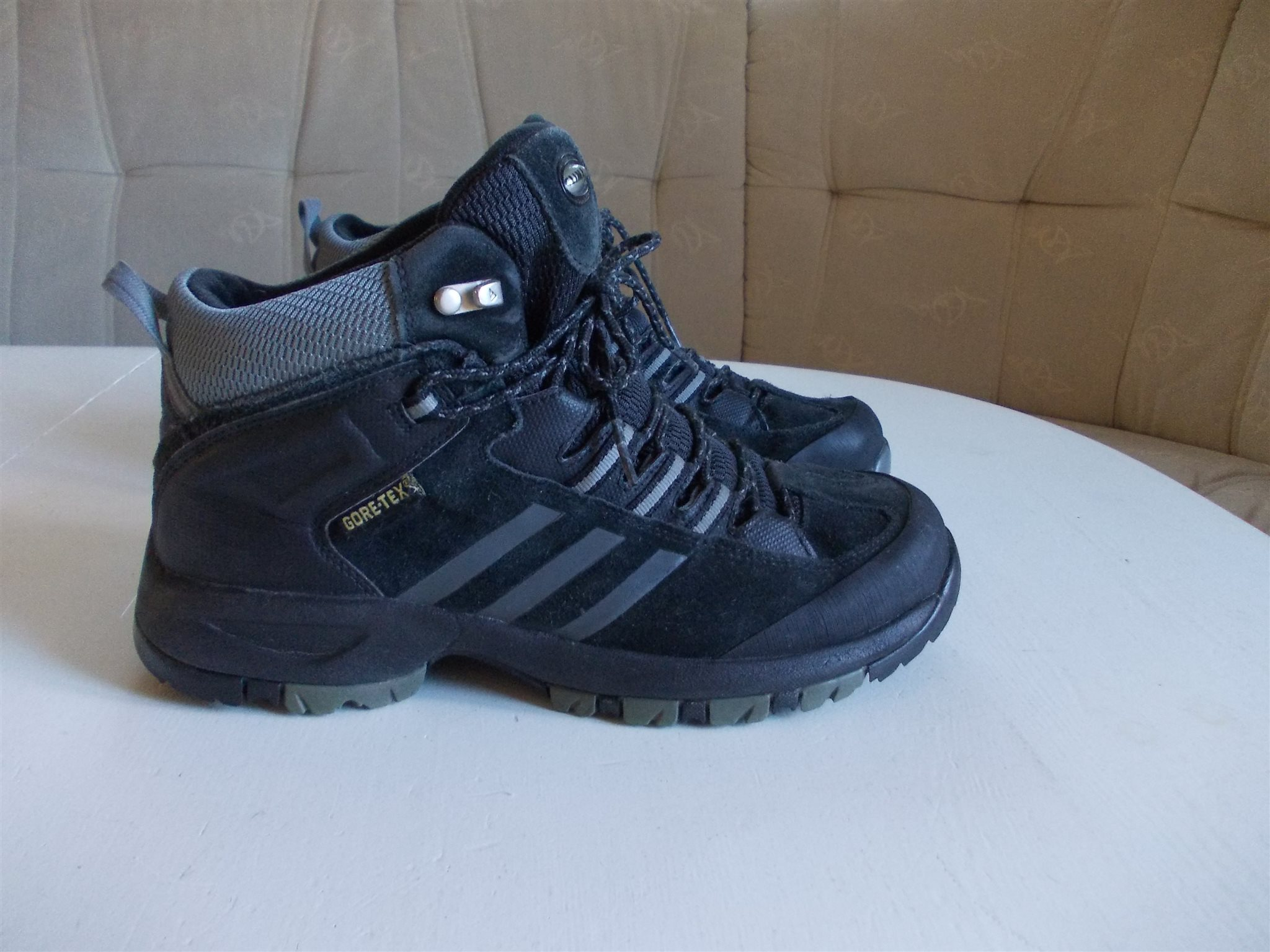 detailed look 73050 196e6 323871524 38 tex Adidas skor mm Gore stl kängor svart 240 qRnCA6vnx