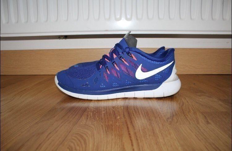 sports shoes 8e288 29147 Fint skick skor från Nike free 5 i stl 43