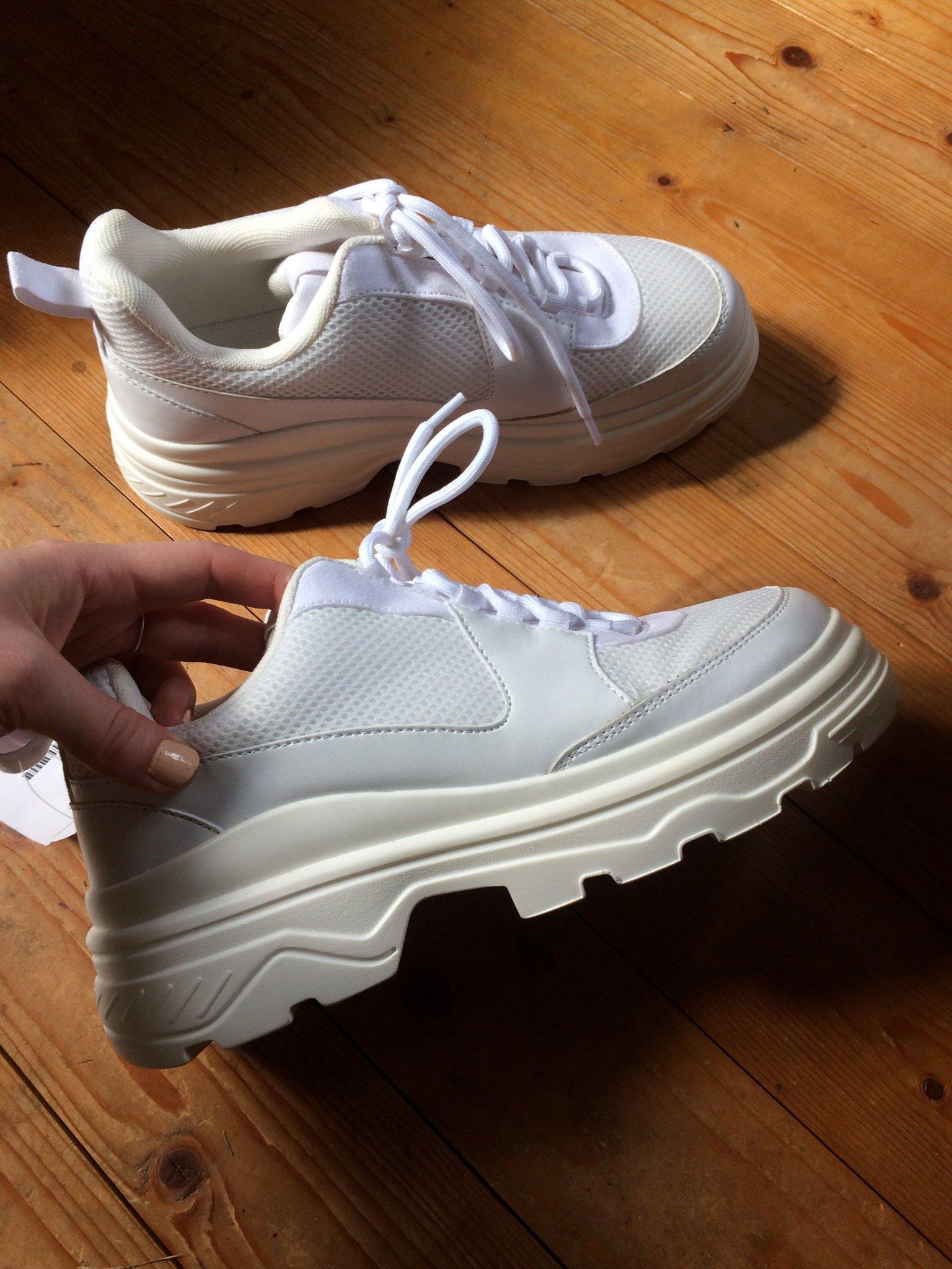 helt nya chunky sneakers h&m hm divided vita 38 39