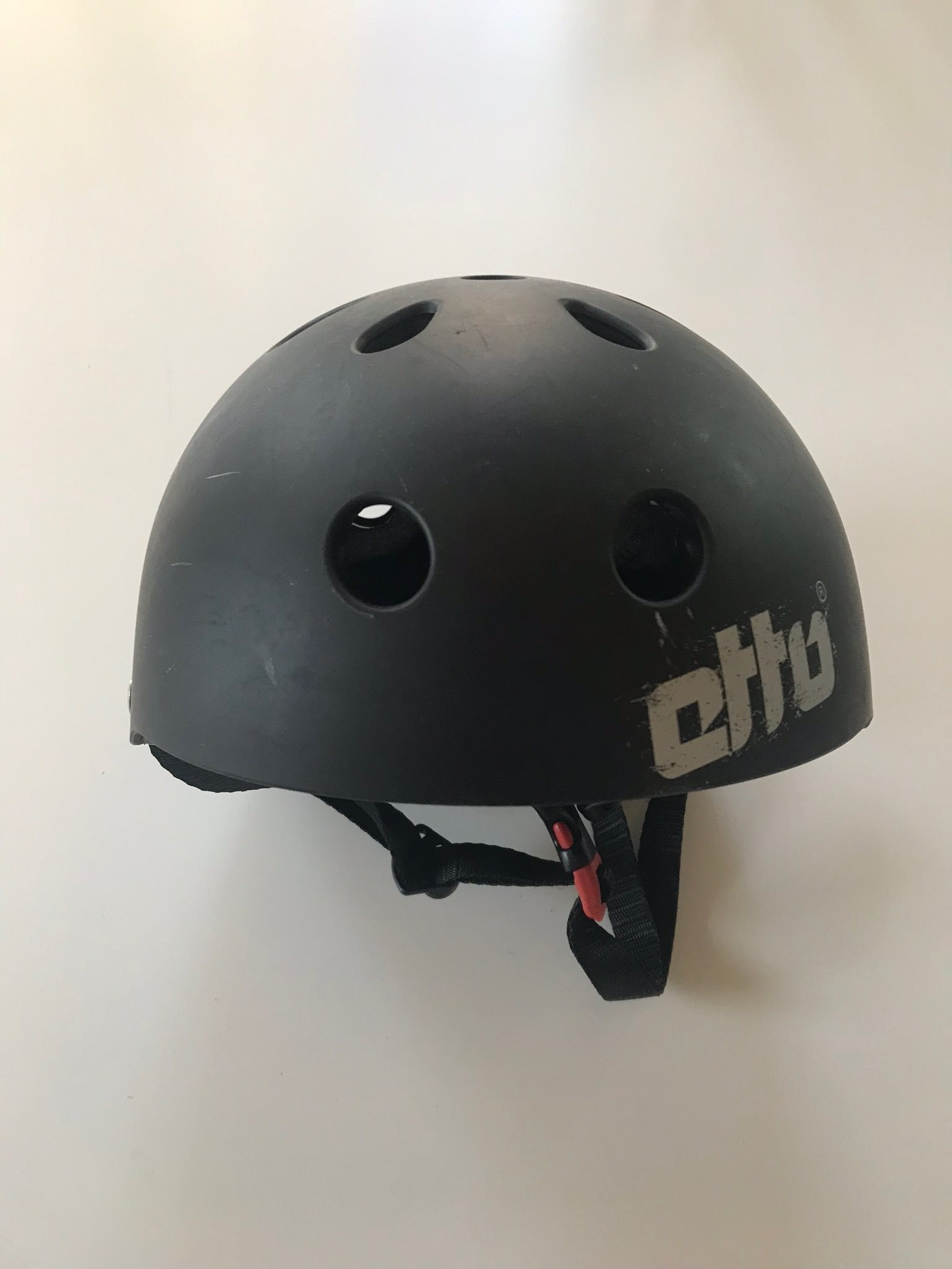 Otto - cykelhjälm - skatehjälm - hjälm - barn -.. (329641642) ᐈ Köp ... 0a39bcde76878