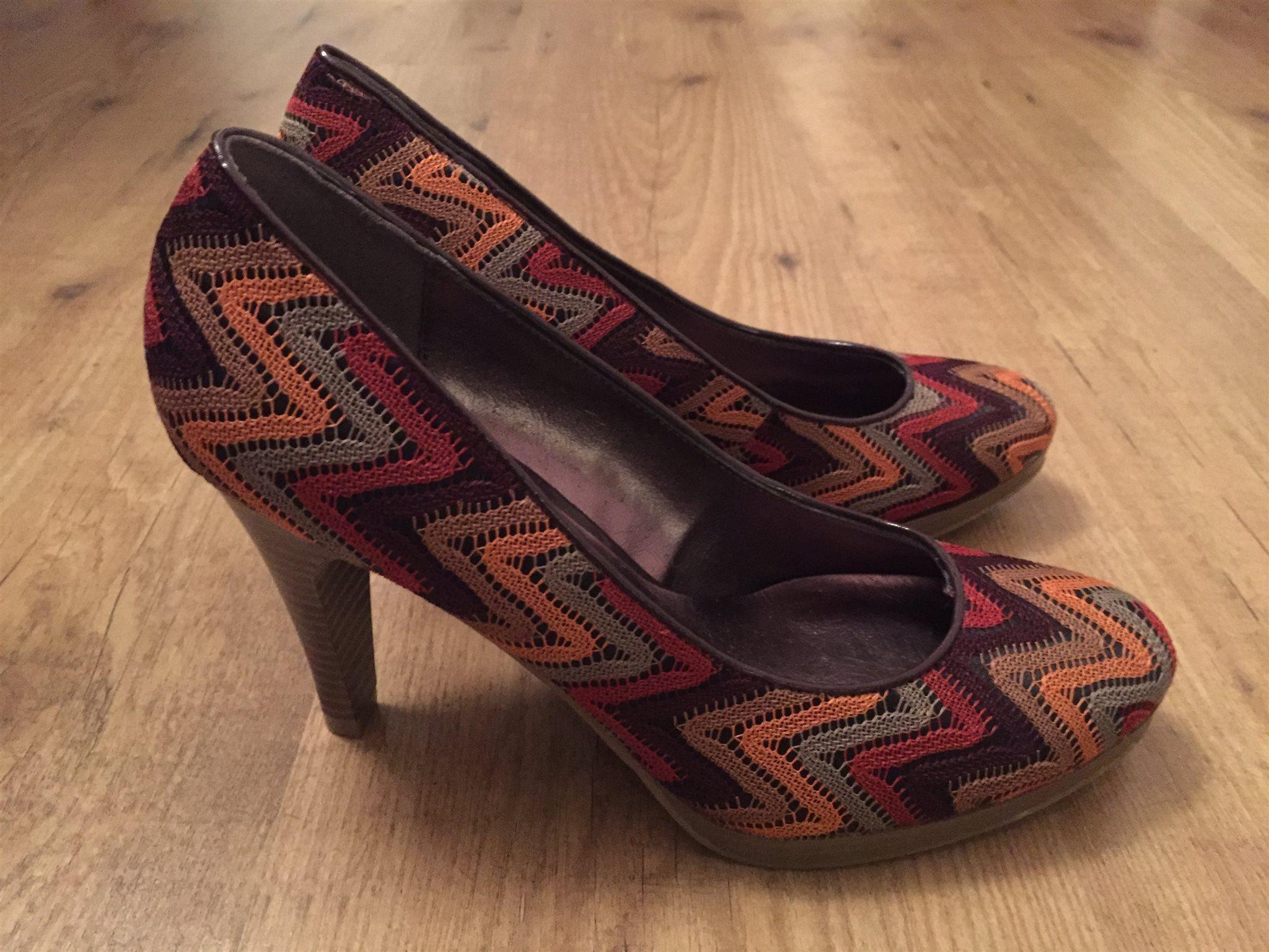 Snygga skor stl 39 (329292305) ᐈ Köp på Tradera ece22dae49a4f