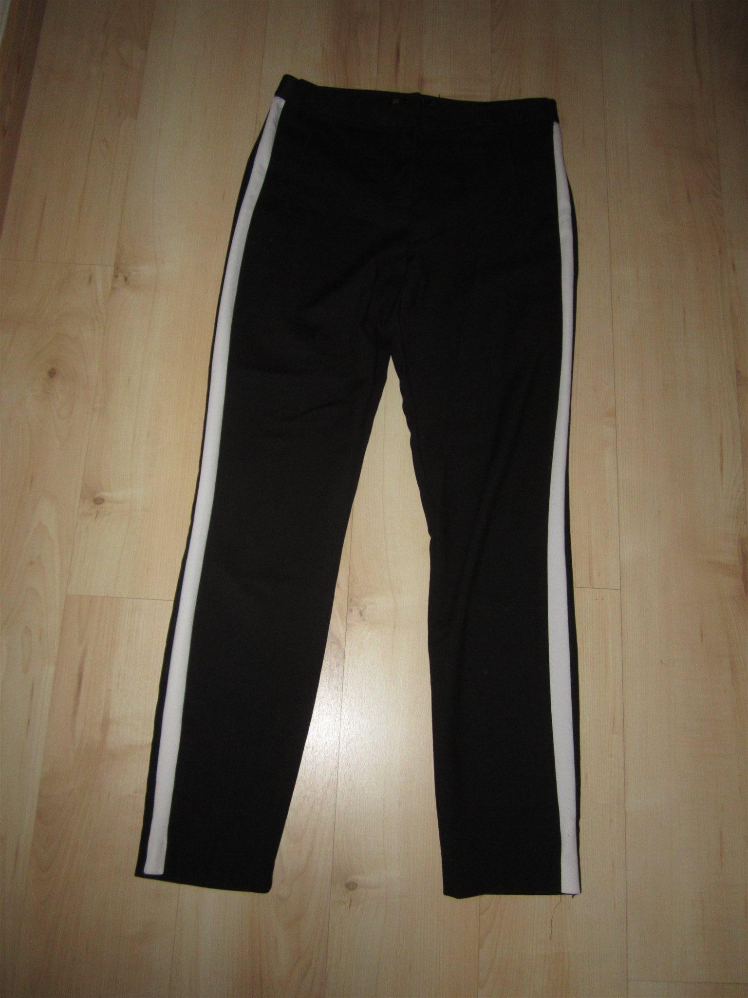 FINA kol-svarta  fin -byxor med bred vit revär... (330443618) ᐈ Köp ... 3c90cdd32ff3f