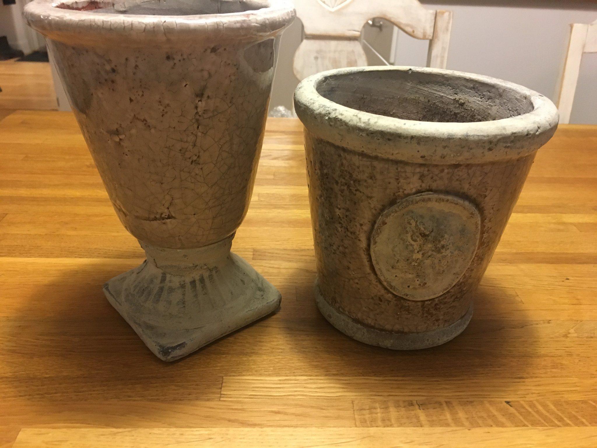 Gråspräckliga krukor - två stycken (339396984) ᐈ Köp på Tradera a4a1c46bdce7d
