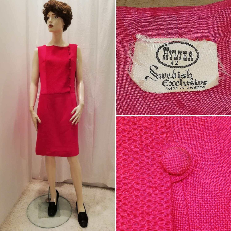 Vintage retro starkt cerise klänning med fina detaljer Hyltea 60 tal