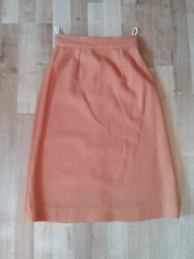 e23319691820 Vintage retro mörk-orange kjol i u.. (294610540) ᐈ vintagecorner på ...