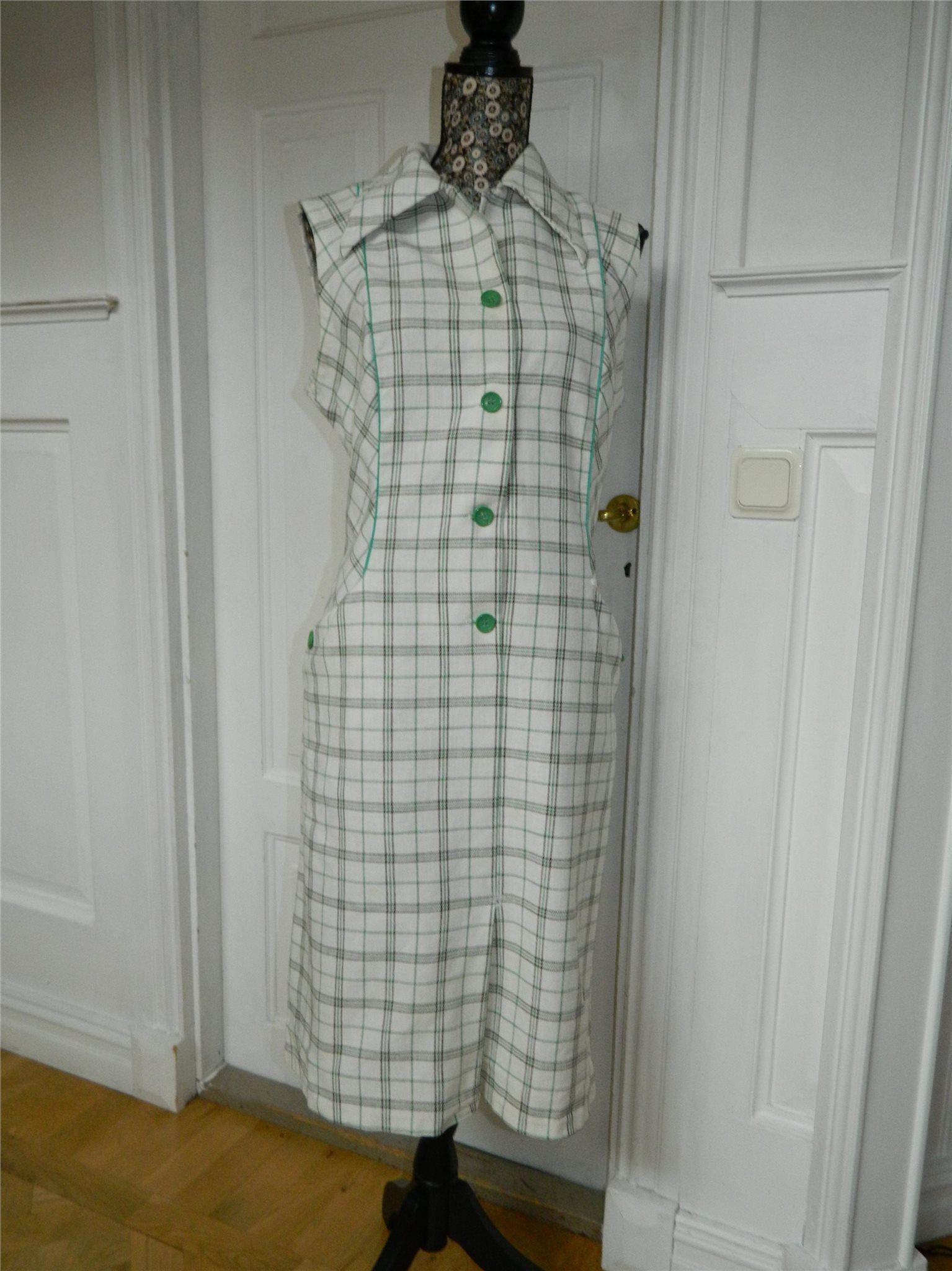 097bc4c69716 Härlig vintage klänning från Barker Textiles Finland 60-talet / 70-talet