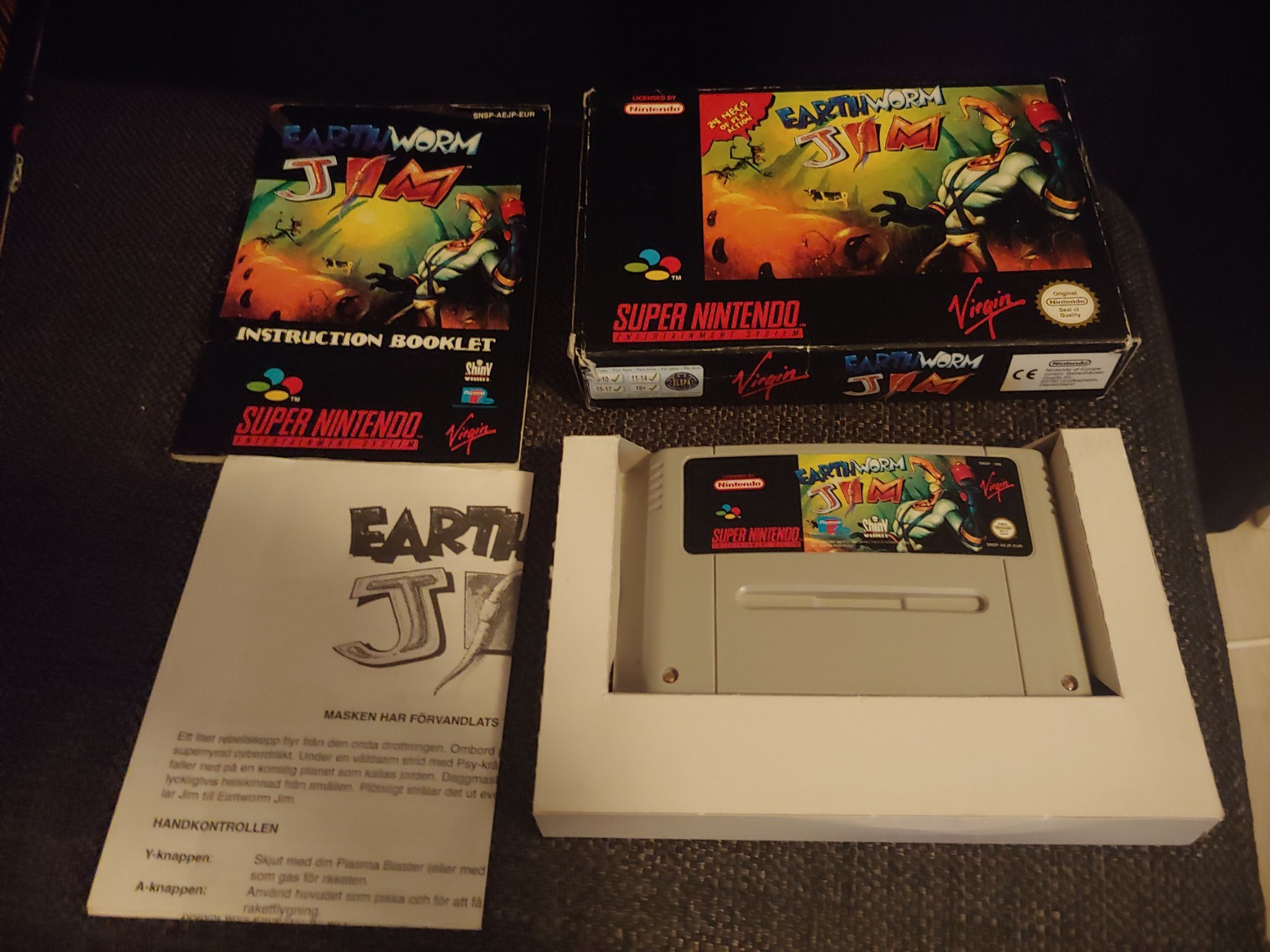 Earthworm Jim + A4 CIB SNES