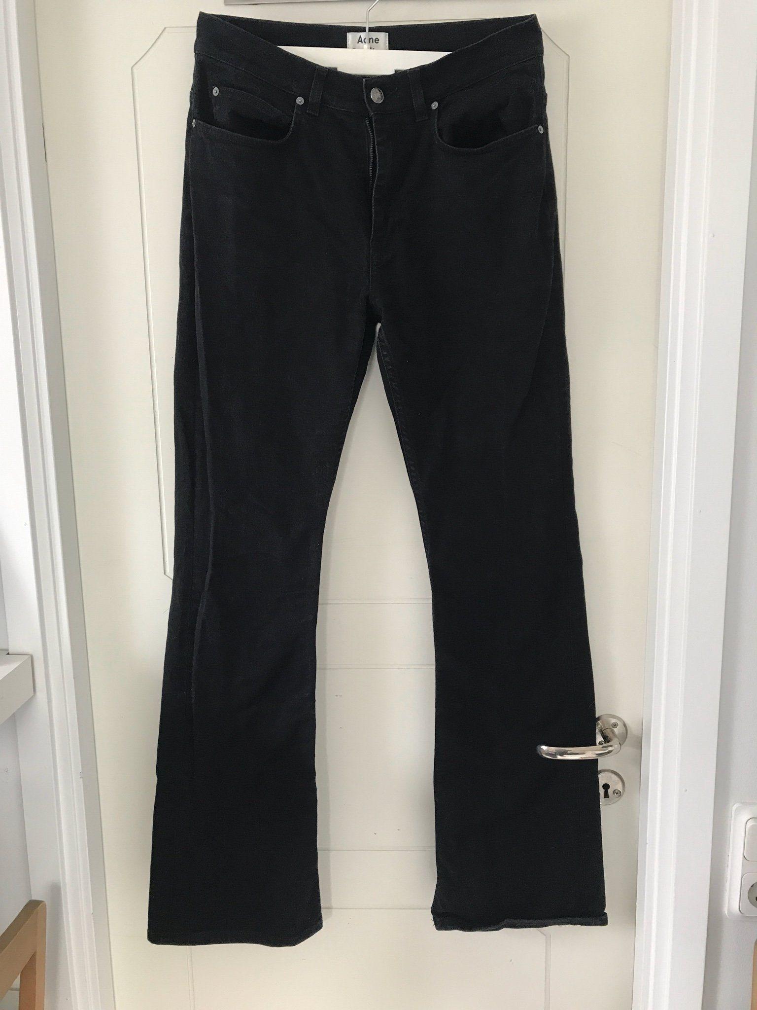 acne svarta jeans