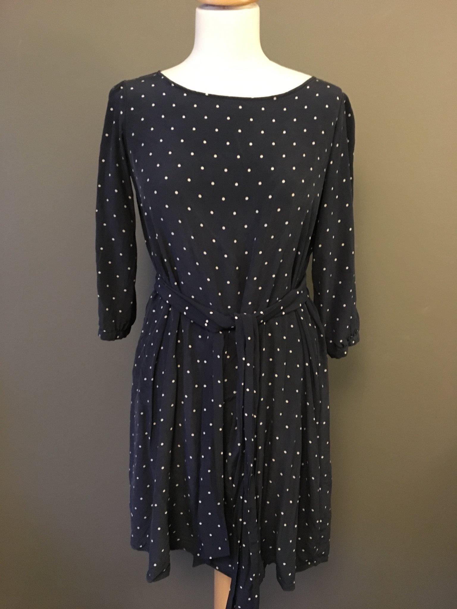 628cf475072e GRETA siden klänning strl M fint skick! 3495:- (346449717) ᐈ Köp på ...