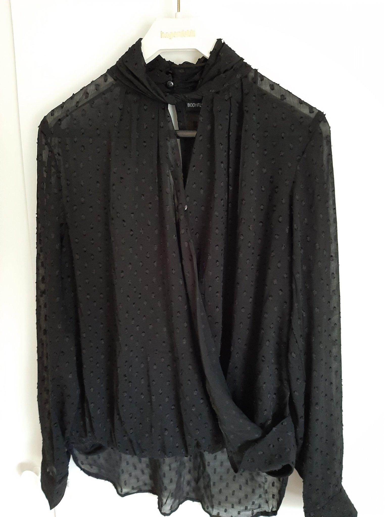 transparent svart blus
